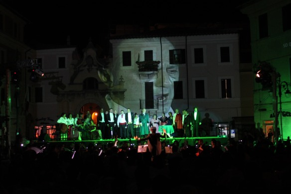 OPERA LIRICA IN PIAZZA - scenografie video_21
