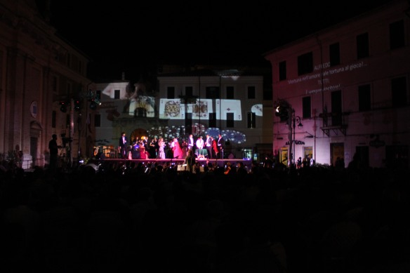 OPERA LIRICA IN PIAZZA - scenografie video_23
