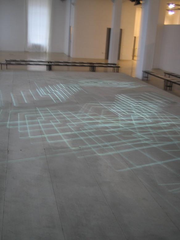 STEFANO FAKE fashion show abstract art intallation 2005_30