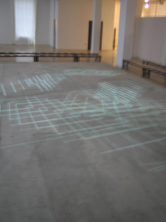 STEFANO FAKE fashion show abstract art intallation 2005_31