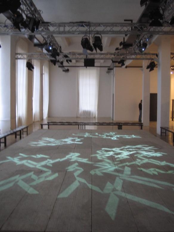 STEFANO FAKE fashion show abstract art intallation 2005_4