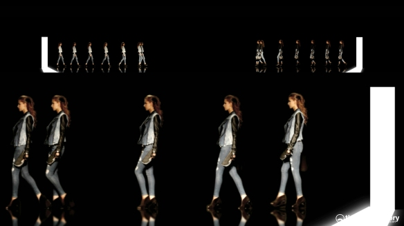 GUESS 3D HOLOGRAPHIC FASHION SHOW RUNAWAY 2014_05344