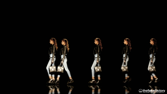 GUESS 3D HOLOGRAPHIC FASHION SHOW RUNAWAY 2014_06016