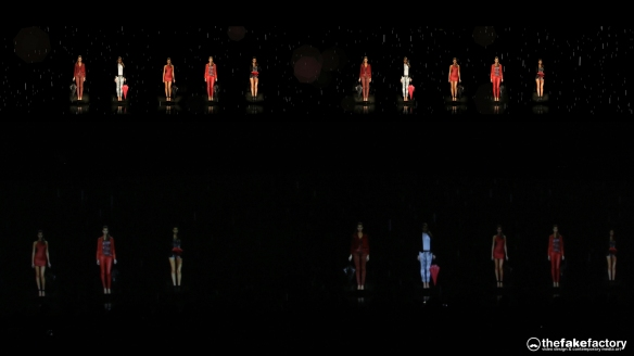 GUESS 3D HOLOGRAPHIC FASHION SHOW RUNAWAY 2014_08178