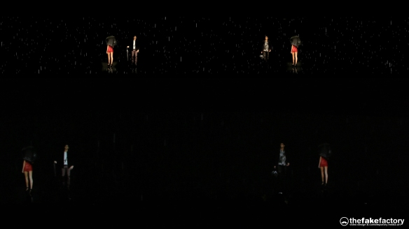 GUESS 3D HOLOGRAPHIC FASHION SHOW RUNAWAY 2014_09144