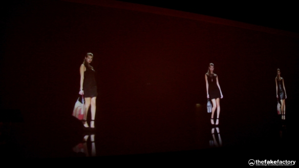 GUESS 3D HOLOGRAPHIC FASHION SHOW RUNAWAY 2014_10211