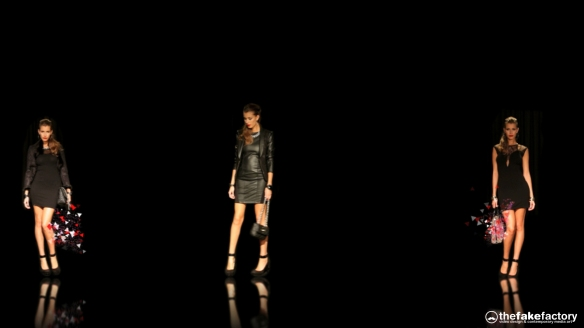 GUESS 3D HOLOGRAPHIC FASHION SHOW RUNAWAY 2014_10498