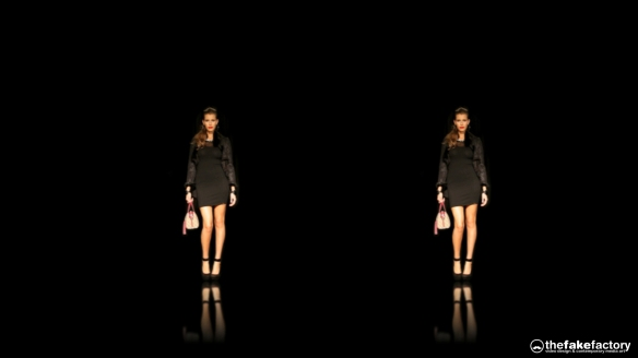 GUESS 3D HOLOGRAPHIC FASHION SHOW RUNAWAY 2014_11020