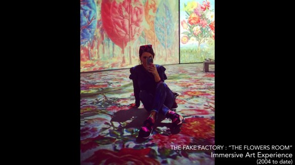 the fake factory the flowers room_00308