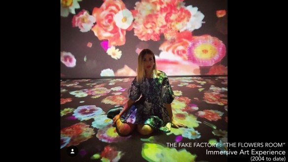 the fake factory the flowers room_00312