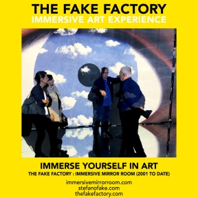 THE FAKE FACTORY immersive mirror room_00773