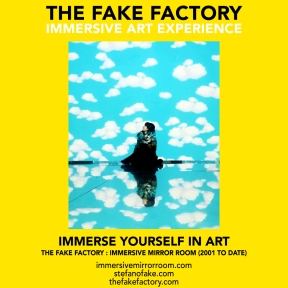 THE FAKE FACTORY immersive mirror room_01102