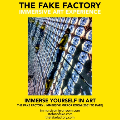 THE FAKE FACTORY immersive mirror room_01142
