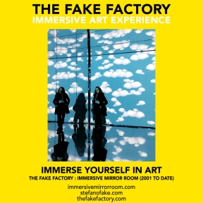 THE FAKE FACTORY immersive mirror room_01549
