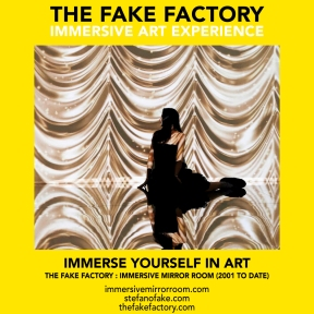 THE FAKE FACTORY immersive mirror room_01633